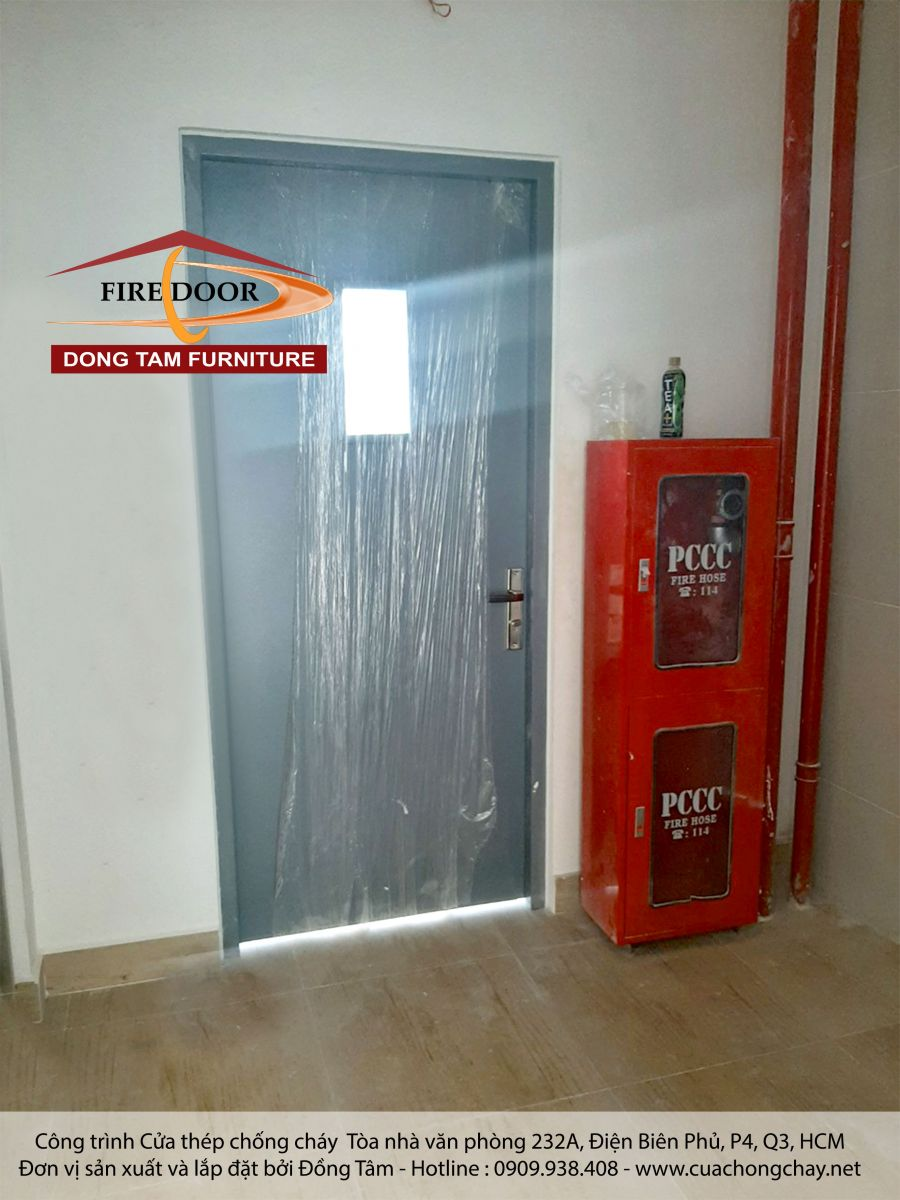 cửa thép chống cháy